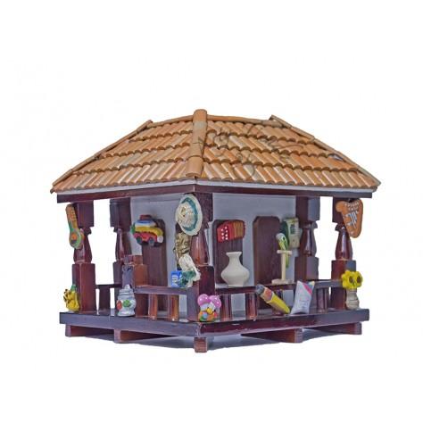 Balcón esquinero pequeño en madera y teja de barro