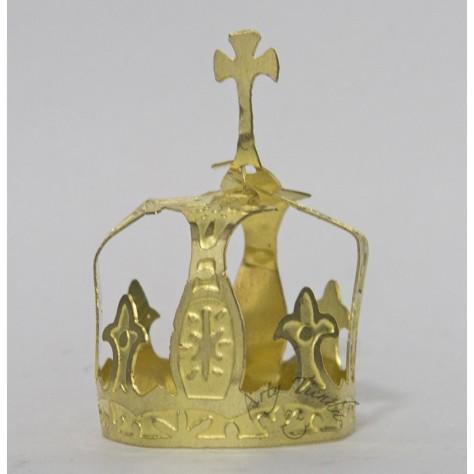 Corona Carmén en lámina de bronce.
