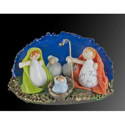 Nacimiento en porcelanicron miniatura base  cueva